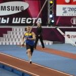 DONETSK, UKRAINE - FEB.11: Denys Yurchenko on the Samsung Pole Vault Stars meeting on February 11, 2012 in Donetsk, Ukraine. He won bronze medal in the pole vault event at Summer Olympics in Beijing. — Stock Photo #9667209