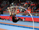 DONETSK,UKRAINE-FEB.11: BRAD WALKER - World Champion compete in the pole vault competition — Stockfoto