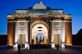 Menin gate at night — Stock Photo