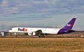 Fedex cargo aircraft — Stock Photo