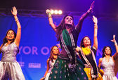 Diwali dancers — Stock Photo