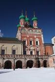 Moskwa. wysoce petrovsky klasztoru. świątynia saint sergiusz — Zdjęcie stockowe