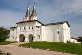ферапонтов монастырь. святые ворота, kazennaya палата. русский северный — Стоковое фото