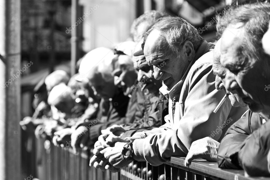 Old men waiting — Stock Photo #9677334