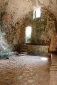 斯塔克波尔教堂废墟内政 — 图库照片