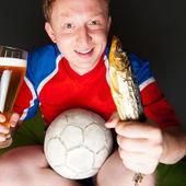 年轻人穿的足球运动服风扇特写肖像 — 图库照片
