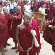 Novice Monks Myanmar — 图库照片 #8276524