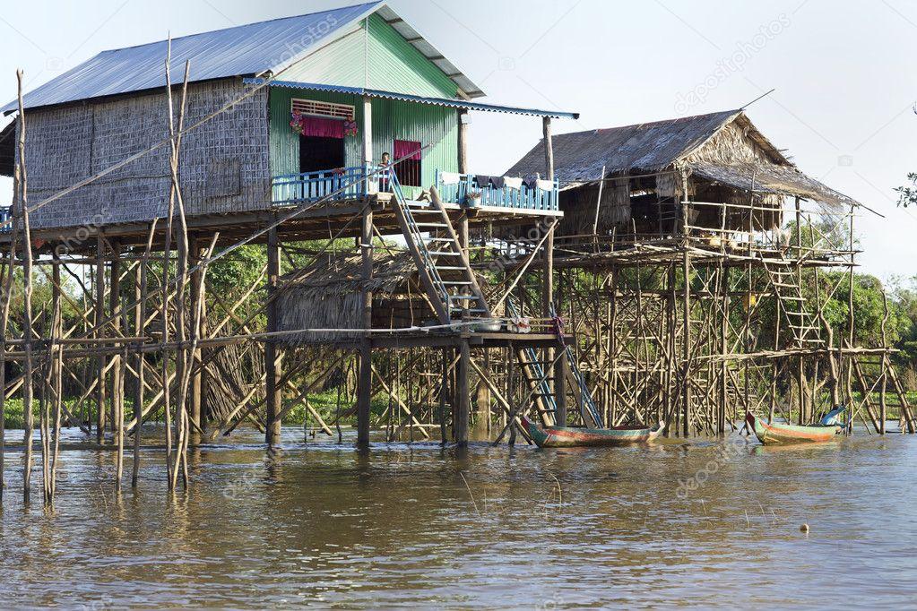 Maisons sur pilotis au cambodge photo ditoriale for Acheter maison cambodge