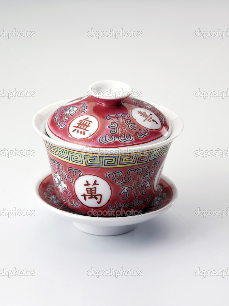 Traditional chinese tea cup on the plain background — Stock Photo #8195029