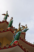 Thailand, Bangkok, roof ornaments in a buddhist temple — Stock Photo