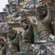 Thailand, Bangkok, Yai District, Arun Temple (Wat Arun Ratchawararam), roof ornaments — ストック写真