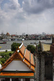 Thailand, Bangkok, view of the Chao Praya river and the skyline of the city seen from the Arun Temple — Stock fotografie