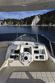 Ilha de itália, toscana, elba, luxuoso iate azimut 75, flybridge — Fotografia Stock