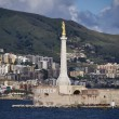 Italy, Sicily, Messina, the city and the Madonna statue — Stock Photo