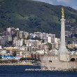 Italy, Sicily, Messina, the city and the Madonna statue - Foto Stock
