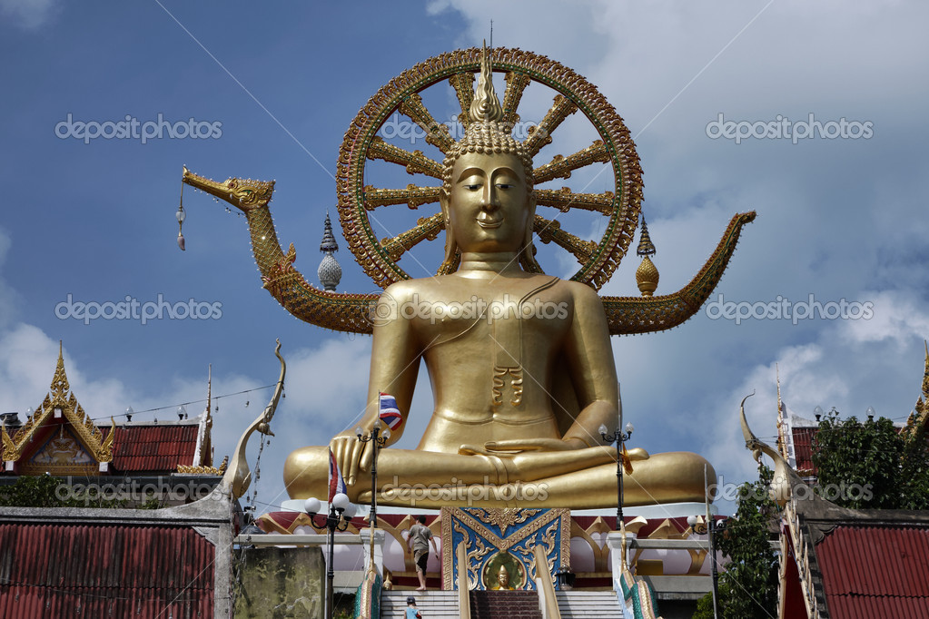 Thailand, Koh Samui (Samui Island), Phra Yai Buddhist Temple (Wat Phra Yai), the golden Big Buddha statue (12 meters tall) — Stock Photo #9118431