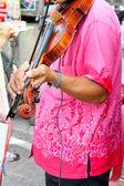 Main, joué sur le violon — Photo