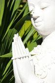 Vit staty buddha — Stockfoto