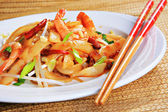 Pittige garnalen pad thai — Stockfoto