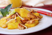 Southern China Cuisine - Stir Fry Chicken with Pineapples — Stock Photo