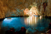 Cave esmerald : Conca dei Marini (SA) Italy — Stock Photo