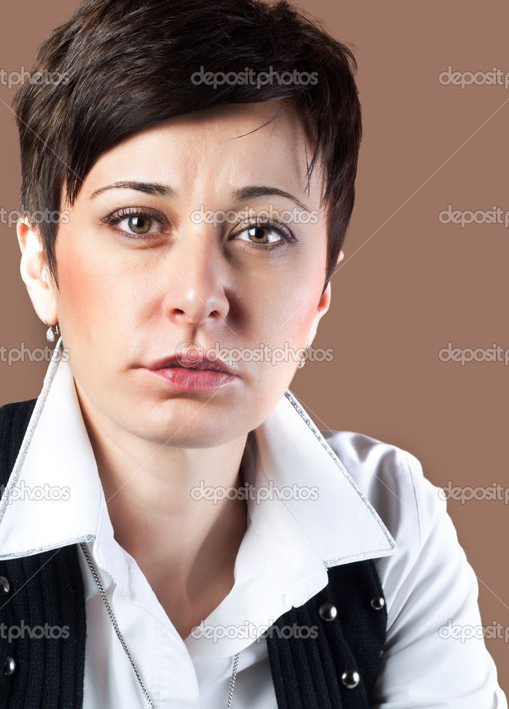 Close up portrait of beautiful middle-aged woman — Stock Photo #8099908