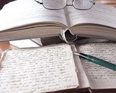 书籍和卷 — 图库照片