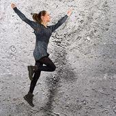 Wysoki jumphing dziewczyna — Zdjęcie stockowe