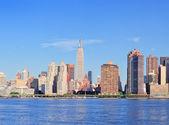 Skyline van de stedelijke stad — Stockfoto