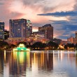 Orlando sunset over Lake Eola — Stock Photo