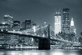 New yorker brooklyn bridge — Stockfoto