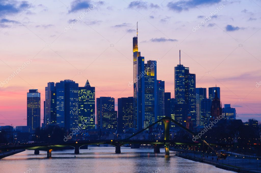 The night view of the skyline of Frankfurt am Main from the Deutschherrn bridge. — Stock Photo #9394560