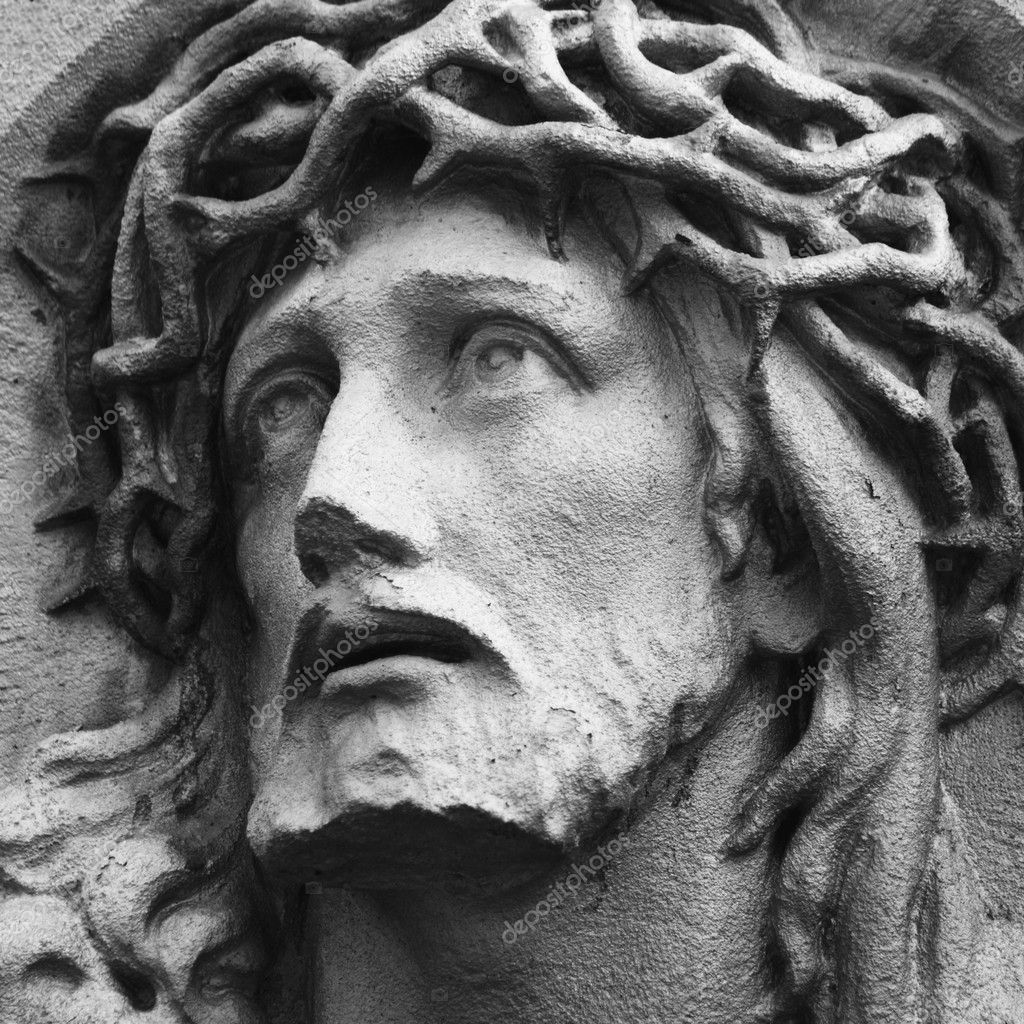 a review of the early version of a michelangelo statue of christ Santa maria sopra minerva: michelangelo's statue of christ carrying the cross is one of his finest and it is nice to see one of his works without all the crowds dr version: 1) hidden gem by the pantheon 2.