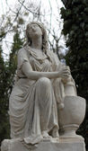 Statue Of Women On Tomb — Foto Stock