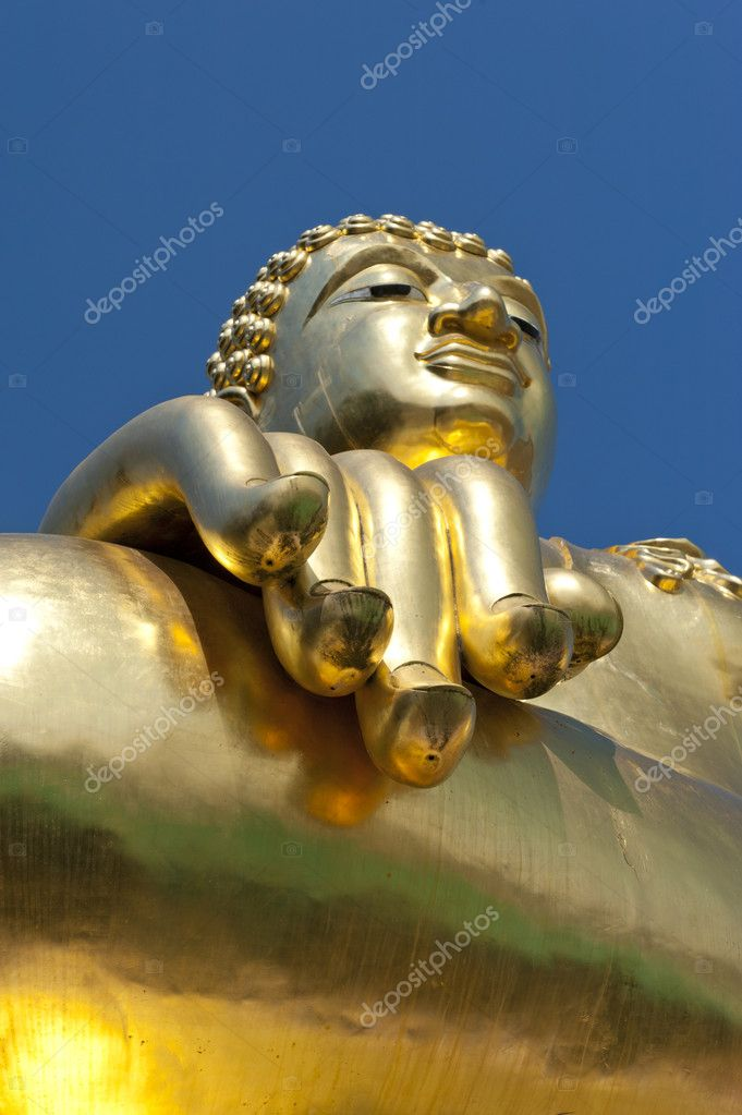 Large golden Buddha centre of the golden triangle Chiang Rai Thailand — Stock Photo #8775403