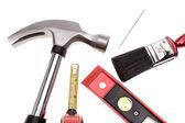 Różnorodne narzędzia na prostym tle — Zdjęcie stockowe