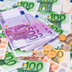 Many euro banknotes — Stock Photo #8141104