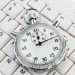 Clock on computer keyboard — Stock Photo #8175410