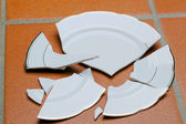 Broken plates — Stock Photo