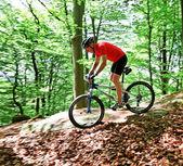 Senior with mountain bike bicycle — Stock Photo