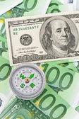 欧元和美元的条例草案. — 图库照片