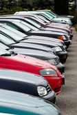 Used cars at auto dealers. used car trade — Stock Photo