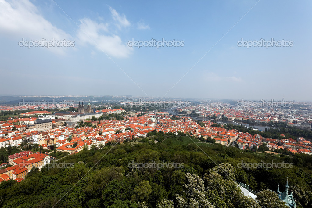 Prague, overview of the observatory from. skyline of the city — Stock Photo #8291166