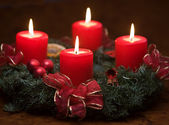 Advent wreath with burning candles — Stock Photo