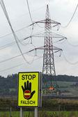 Pilão de electricidade de alta tensão para poder — Foto Stock