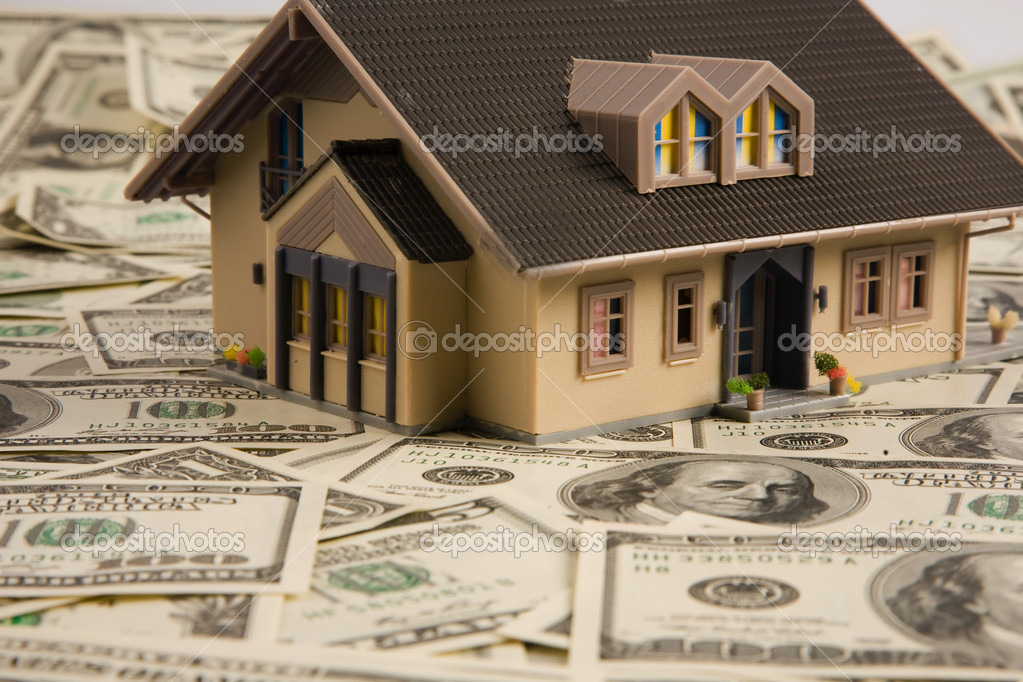 House on dollar bills — Stock Photo #8357677