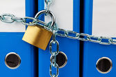File folder closed with chain — Stockfoto