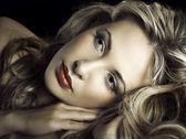 Young beautiful blonde woman — Stock Photo