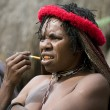 A traditional papua woman in a village near Wamena — Stock Photo
