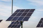 再生可能エネルギー - 太陽電池パネル — ストック写真